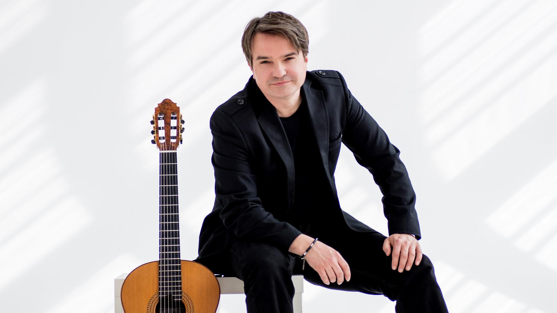 Krzysztof Pełech (PL)